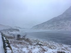 Llyn Ogwen Frozen | Featured Image |March 2018 | thefrozendivide