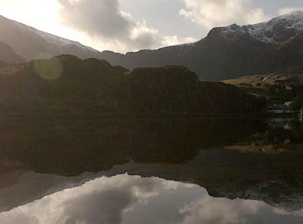 Llyn Ogwen Loop | Hiking & Running in Snowdonia National Park