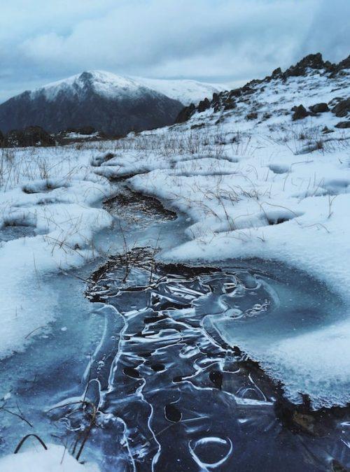 Mountain Snow Canvas Print
