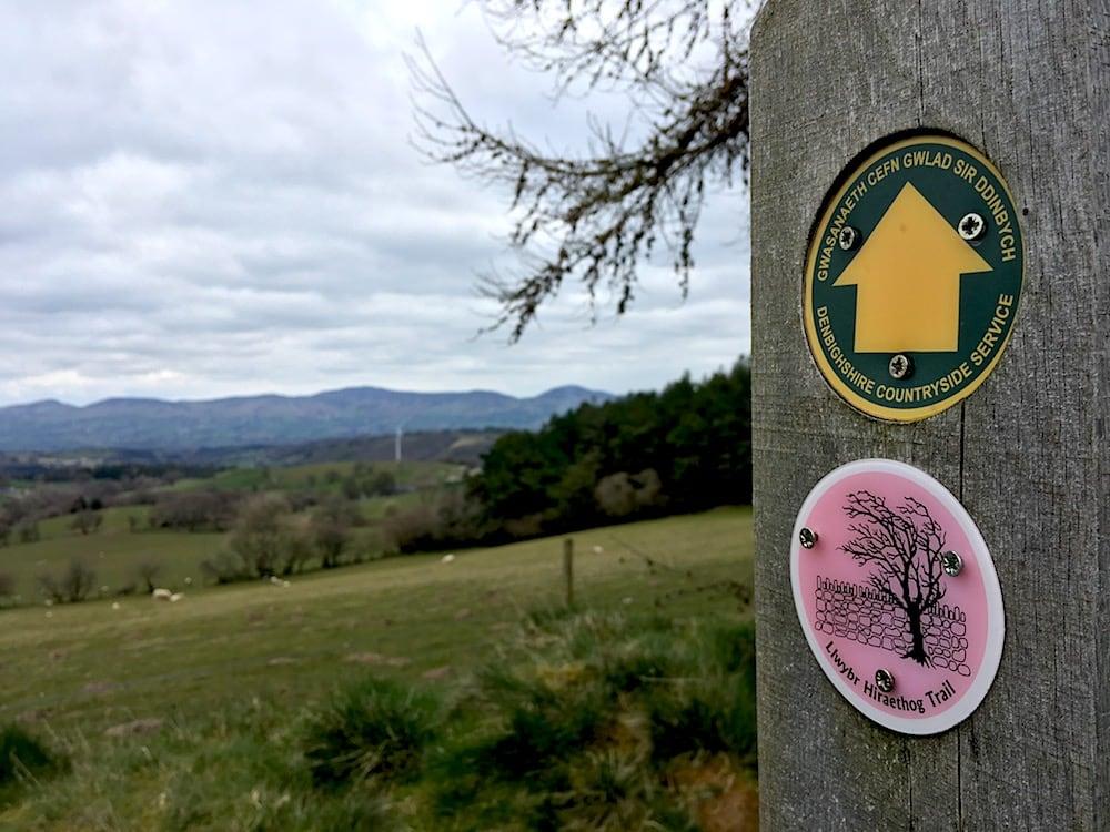 Hiraethog Trail Footpath Sign